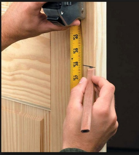 Нанесение разметки на полотна дверей