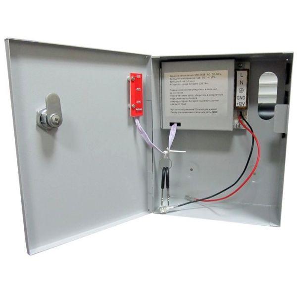 Устройство, осуществляющее питание замка при отсутствии центрального электричества