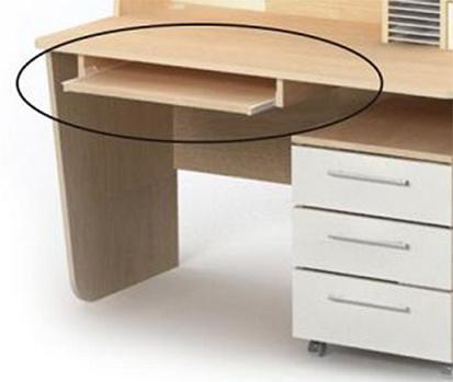 Полки выдвижного типа обычно используются в столах и шкафах