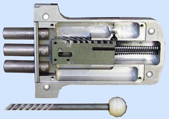 Простейший реечный запорный механизм