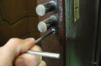 Перекодировка замка Г-образным ключом