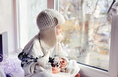 Отрегулированное пластиковое окно зимой будет способствовать теплу и комфорту в доме