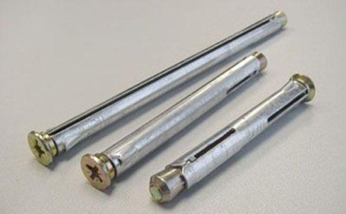 Металлический анкер остается самым надежным крепежным элементом для кирпича и бетона