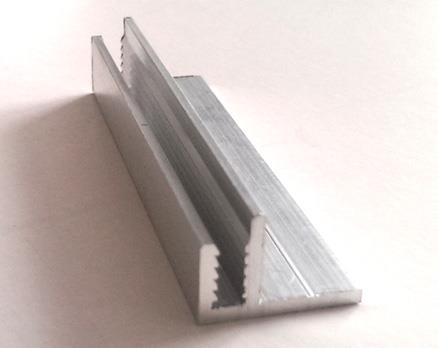 Профиль для крепления обшивки к стенам