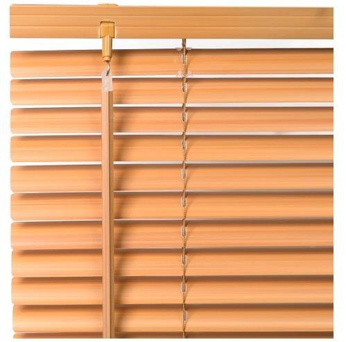 Защитные шторы из цветного пластика