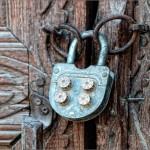 Выбор и установка замка для различных типов ворот и калиток