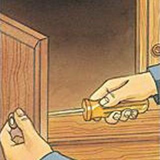 Установка дверной ручки