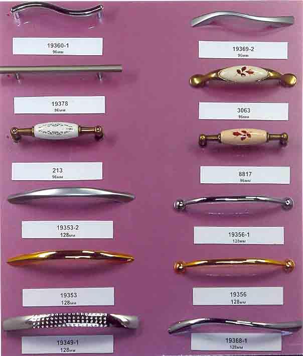 Можно подобрать ручки под любой дизайн кухонной мебели