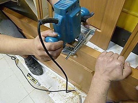 Процесс выполнения углублений с помощью фрезера