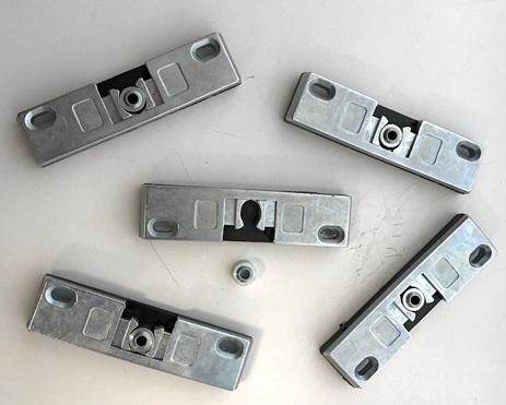 Удерживающие устройства для балконных дверей