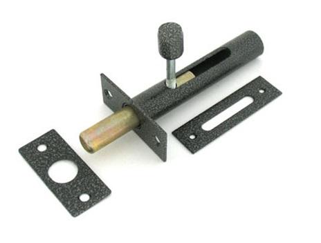 Запорный механизм для монтажа внутрь двери