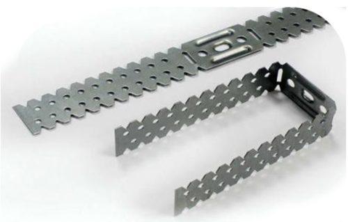 Устройство для крепления вертикальных стоек