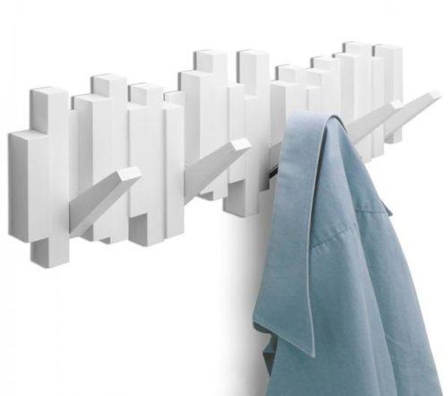 Пластиковая вешалка для легких вещей и аксессуаров