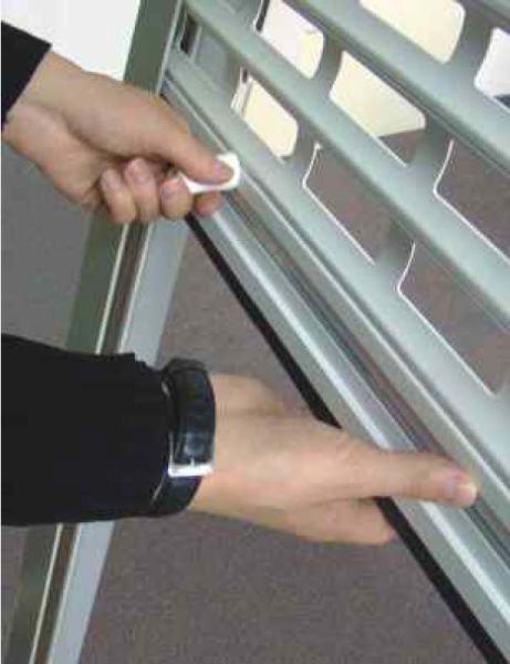 Пружинно-инерционный привод рольставен