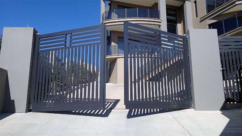 Ворота с автоматическим приводом управления